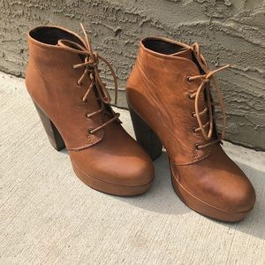 Steve Madden raspy booties brown leather